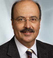 Dr. Wolfgang Hackenbuchner