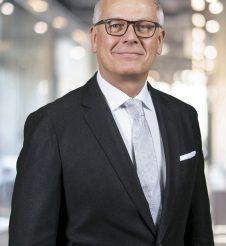 Dr. Manfred Winklhofer